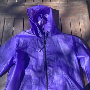 PURPLE RAINCOAT/ WINDBREAKER
